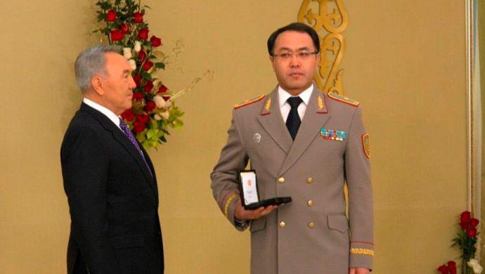 Для чего Назарбаев объединил госслужбу и коррупцию в одном агентстве?