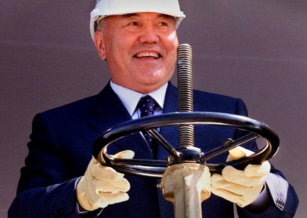 """Клановая """"модернизация"""" Назарбаева"""